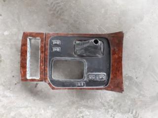Консоль кпп передний правый Toyota Land Cruiser