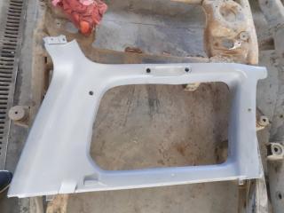 Пластик багажника задний Toyota Land Cruiser 2007