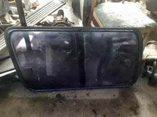 Стекло собачника заднее Toyota Land Cruiser