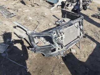 Рамка радиатора Toyota Hilux 2014