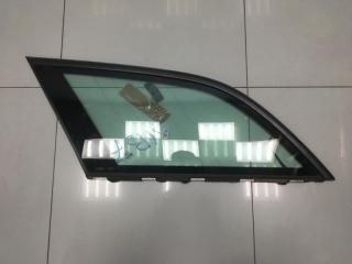 Стекло левое Mercedes E class 2010