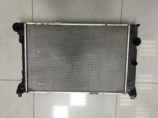 Радиатор охлаждения Mercedes C class 2012