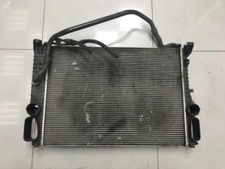 Радиатор охлаждения Mercedes E class 2006