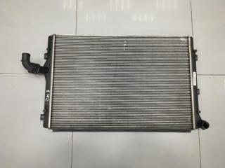 Радиатор охлаждения Volkswagen Touran 2003