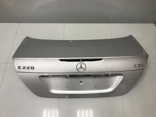 Крышка багажника Mercedes E class