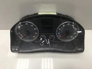 Панель приборов Volkswagen Golf 2004