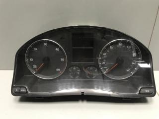 Панель приборов Volkswagen Golf 2006