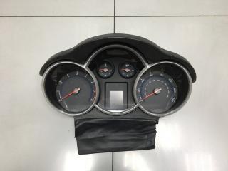 Панель приборов Chevrolet Cruze 2011