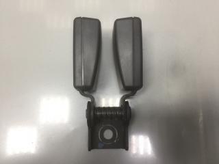 Запчасть ответная часть ремня безопасности задняя Chevrolet Cruze 2011