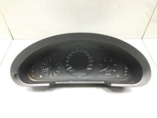 Панель приборов Mercedes E Class 2003
