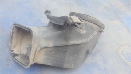 Запчасть воздухозаборник левый BMW 7 2002