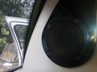 Запчасть динамик задний левый Lincoln Town Car 1998