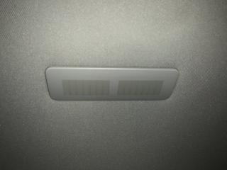 Запчасть подсветка багажника задняя Volkswagen Touareg 2008