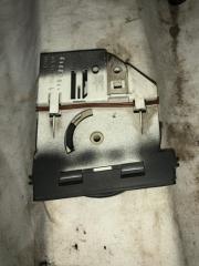 Запчасть регулятор отопителя механический передний правый Volkswagen Touareg 2008