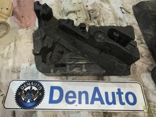 Запчасть ящик под домкрат Volkswagen Touareg 2008