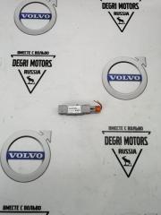 Запчасть датчик удара передний Volvo S60 2008