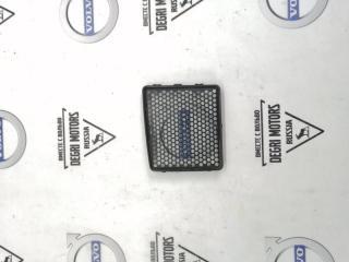 Запчасть накладка дренажа правая Volvo XC70 2008