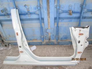 Порог кузова правый Honda Airwave 2005