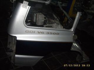 Крыло заднее правое Mitsubishi Pajero 1999