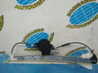Стеклоподъемник задний правый Mazda Demio 2008