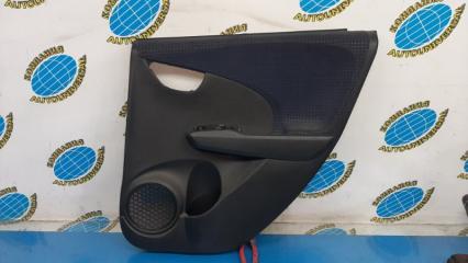 Обшивка двери задняя правая Honda Fit 2010
