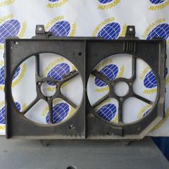 Диффузор радиатора Nissan Rnessa 1997
