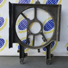 Диффузор радиатора Nissan Cube 2000