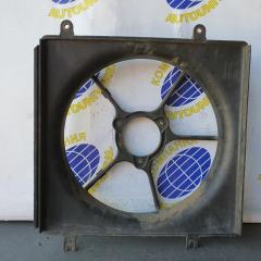 Диффузор радиатора правый Honda CR-V 1997
