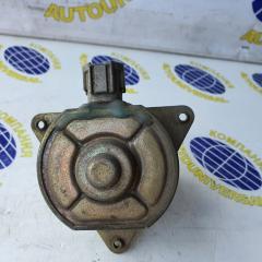 Мотор вентилятора правый Nissan X-Trail 2001