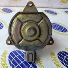 Мотор вентилятора правый Nissan AD 2001