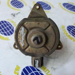 Мотор вентилятора левый Nissan Rnessa 1997