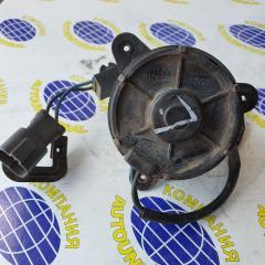 Мотор вентилятора левый Honda Fit 2002