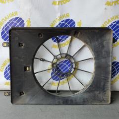 Диффузор радиатора левый Honda Odyssey 2000
