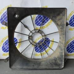 Диффузор радиатора правый Honda Accord 1997