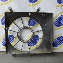 Диффузор радиатора правый Honda Airwave 2005