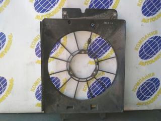 Диффузор радиатора правый Honda Stream 2001
