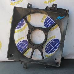 Диффузор радиатора левый Subaru Forester 2001