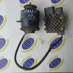 Мотор вентилятора левый Mitsubishi Galant 1997