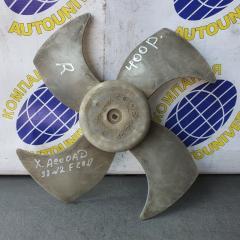 Запчасть вентилятор радиатора правый Honda Accord 1998