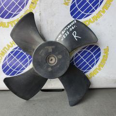 Запчасть вентилятор радиатора правый Mitsubishi Outlander 2006