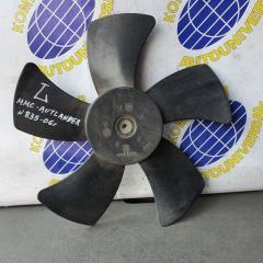 Запчасть вентилятор радиатора левый Mitsubishi Outlander 2006
