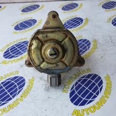 Запчасть мотор вентилятора левый Nissan Tino 2001
