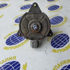 Мотор вентилятора правый Nissan AD 2000
