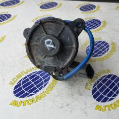 Мотор вентилятора правый Honda Partner 2000