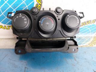 Блок управления климат-контролем Mazda Demio 2008