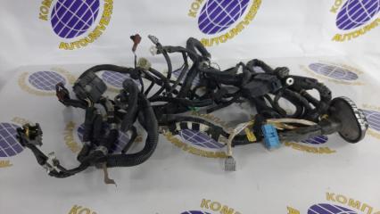 Проводка под капот Subaru Forester 2004