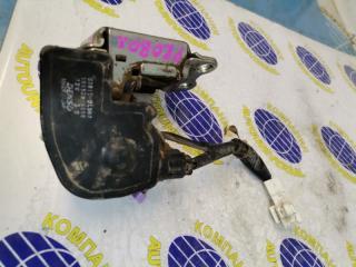 Запчасть электроактиватор замка 5-й двери Toyota Probox 2008