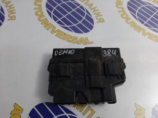 Блок предохранителей Mazda Demio 2000