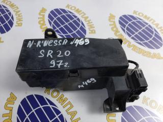 Блок предохранителей Nissan Rnessa 1997