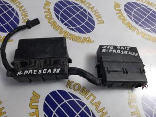 Запчасть блок предохранителей Nissan Pressea 1997